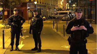 Un muerto y cuatro heridos en un atentado en París