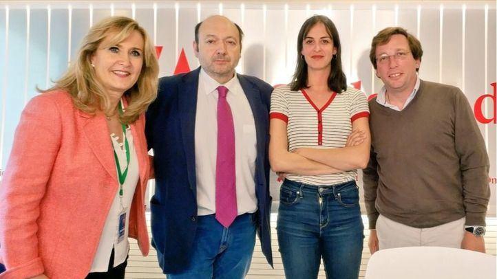 Rita Maestre y José Luis Martínez-Almeida, en Com.Permiso.