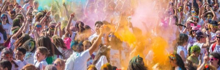 Carrera solidaria 'Colores contra la violencia'