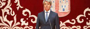 Sin Aguado pero ante Gallardón: Garrido jura como presidente