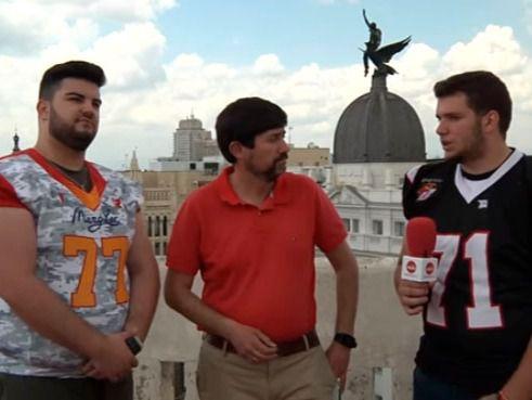 Los protagonistas de la Final de Fútbol Americano Junior comparten su triunfo con Madridiario