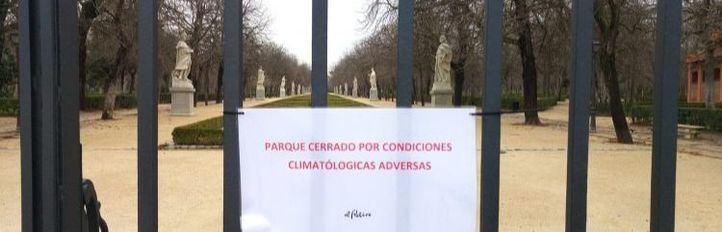 Cerrados El Retiro y otros parques de la capital por el viento