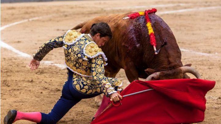 El mejor Juli corta una oreja a un gran toro de Alcurrucén