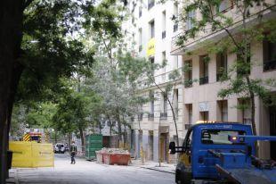 La calle General Martínez Campos recupera la normalidad tras el derrumbe