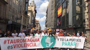 Miles de personas piden la abolición de la tauromaquia