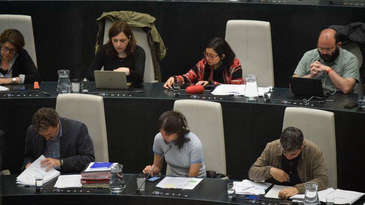 Ediles de Ahora Madrid durante el Pleno de este miércoles en el Ayuntamiento.