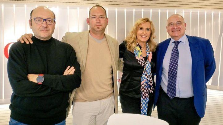 Serafín Faraldos y Luis Martínez Hervás, en Com.Permiso.