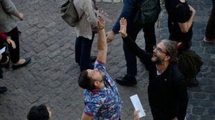 Chaparrón de poemas en la Plaza Mayor