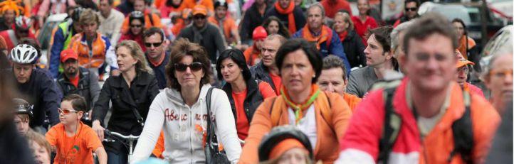 Una 'Bicifestación' a favor de un carril bici en la Castellana