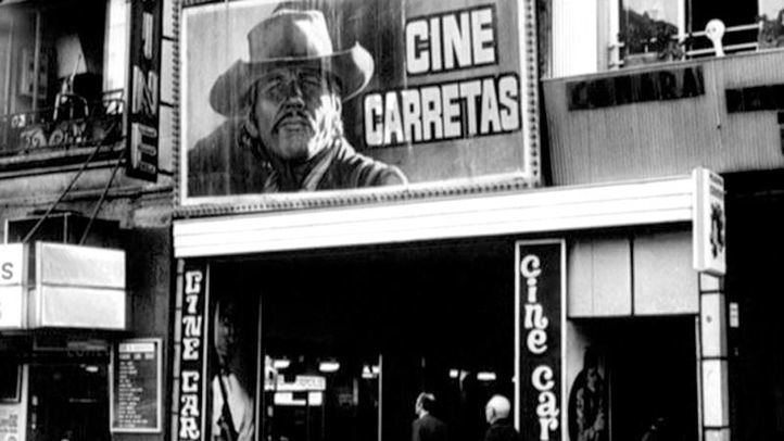 Cine Carretas ubicado en la calle del mismo nombre, actualmente Bingo Universal.