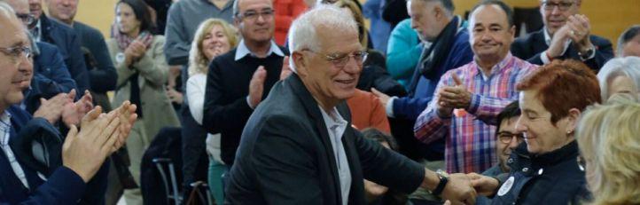 Borrell acepta la oferta de Sánchez y será ministro de Exteriores