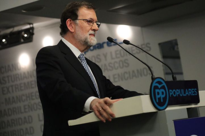 Rajoy deja también la presidencia del PP y no tutelará su sucesión