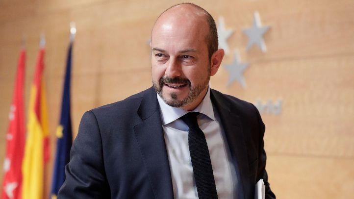 Garrido pide cita a Sánchez y Rollán reclama un ministro madrileño