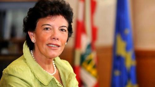 Isabel Celaá, experta en política educativa