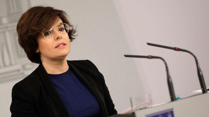 Soraya Sáenz de Santamaría, la favorita para suceder a Rajoy al frente del PP, según una encuesta