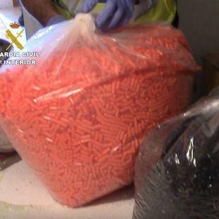 Cae una red criminal internacional: siete detenidos con cien mil pastillas ilegales