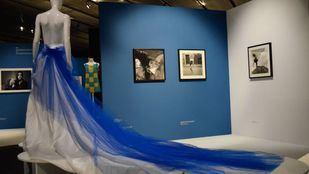 Fotografía y diseño dialogan en el Museo del Traje