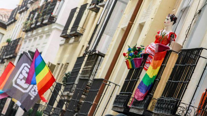 Una pareja gay denuncia a un hombre que se negó a alquilarles un piso