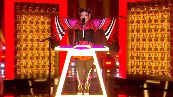 Netta, ganadora de Eurovisión, durante su actuación.