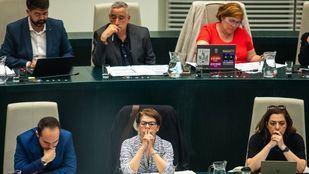 Parte de los concejales de Ahora Madrid durante un reciente Pleno.