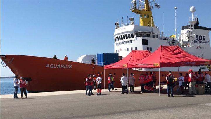 Llega la flota del Aquarius al Puerto de Valencia