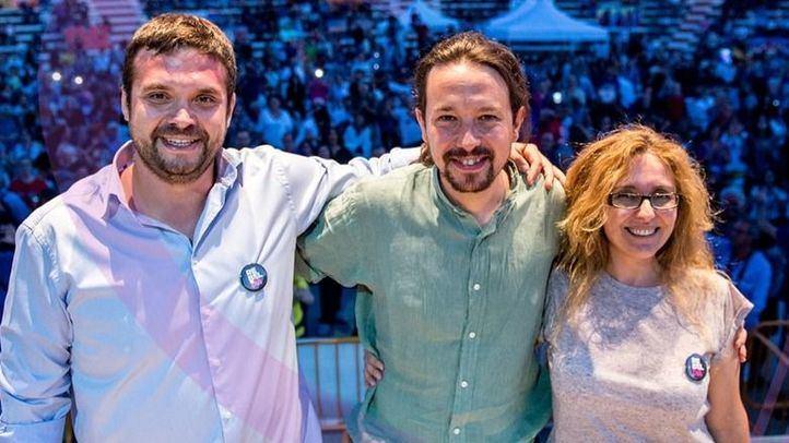 Pablo Iglesias, con Jesús Santos y Raquel Rodríguez en Alcor