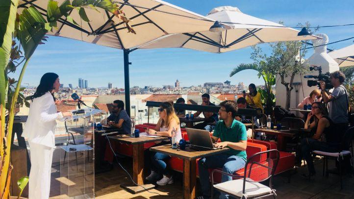 Los hoteles abren sus terrazas, jardines y piscinas