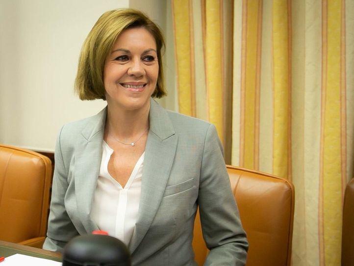 María Dolores de Cospedal se suma a la carrera por la sucesión de Rajoy.
