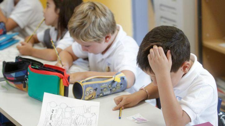 El PP tumba de un bandazo la norma para que los colegios no se asen