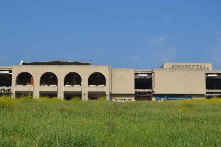 La Kodak de Las Rozas se vela: IU denuncia el saqueo del edificio