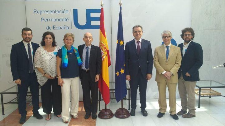 Franco denuncia la escueta embajada madrileña en Bruselas