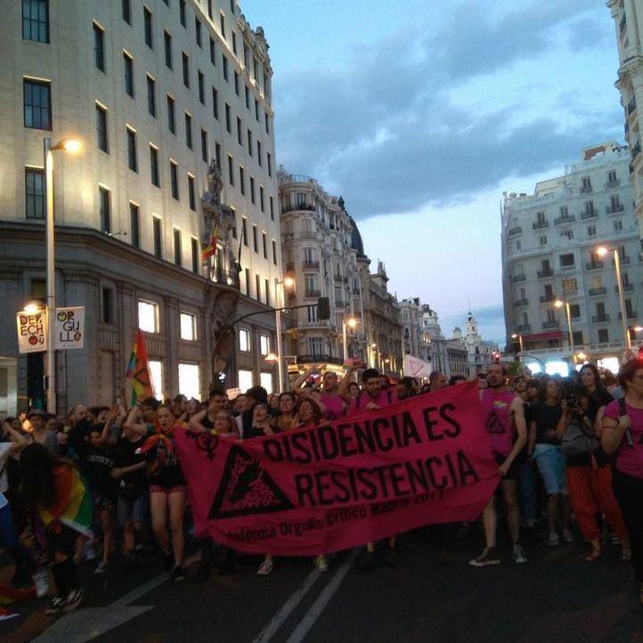 Manifestación del Orgullo Crítico por Gran Vía