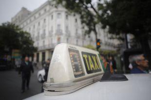 """El taxi, a la espera de """"medidas urgentes"""" contra dos 'apps' chinas"""