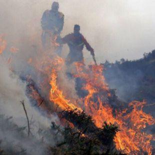 Los retenes de extinción de incendios forestales, llamados a la huelga