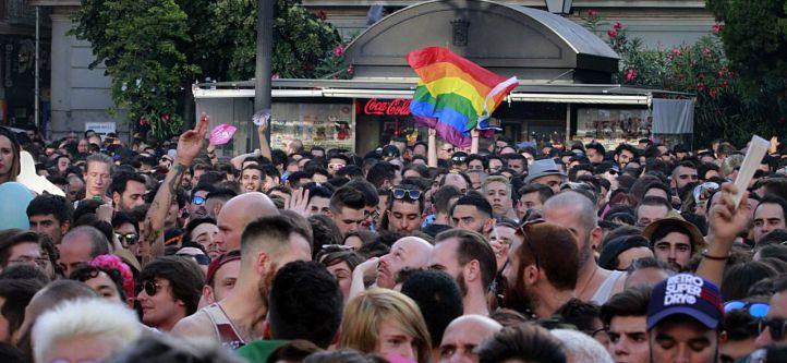 """Vecinos de Centro acusan al Ayuntamiento de favorecer """"el alcohol y el ruido"""""""