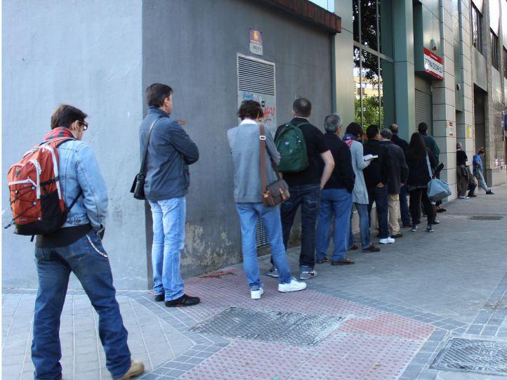 El paro cae hasta los 351.000 madrileños