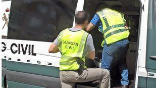 Los detenidos tenían edades comprendidas entre los 15 y los 21 años.