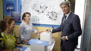 Garrido vota y pide al candidato ganador que integre al resto de adversarios