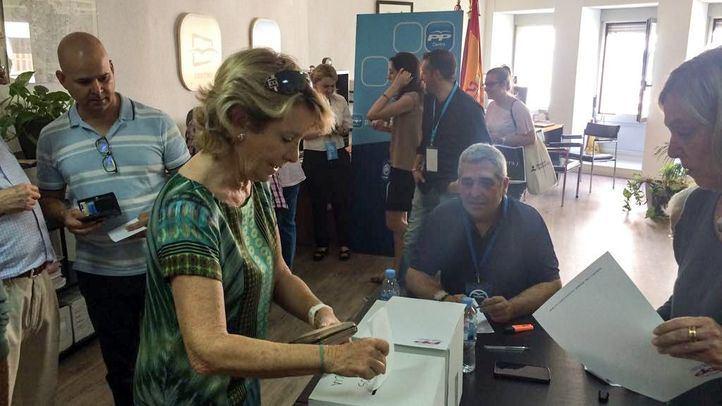 Los motivos del apoyo de Esperanza Aguirre a Pablo Casado