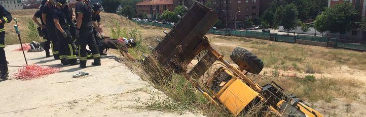 Fallece un trabajador tras caer por un terraplén con su desbrozadora