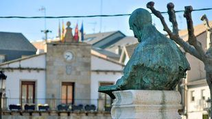 Busto de Jacinto Benavente.