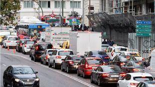 Las obras de Gran Vía impiden el acceso en coche en hora punta