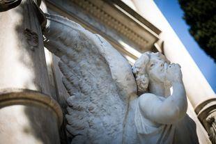 Una superviviente del Titanic, la hija momificada del doctor Velasco o la verdadera Maja de Goya: los secretos del cementerio de San Isidro