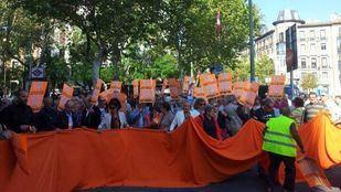 Protesta en Madrid de la asociación de afectados de Fórum Filatélico.
