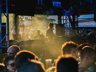 Doce horas de música electrónica en la Caja Mágica