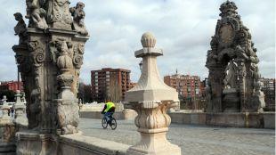 El Puente de Toledo, base de uno de los itinerarios.
