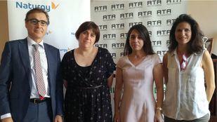 En la fotografía, desde la izquierda: Antonio Guzmán, delegado de Madrid Norte; Elena Melgar, presidenta de ATA Madrid; Esther Nava, delegada Madrid Sur; y Raquel Navarro, jefa de Gabinete de ATA.