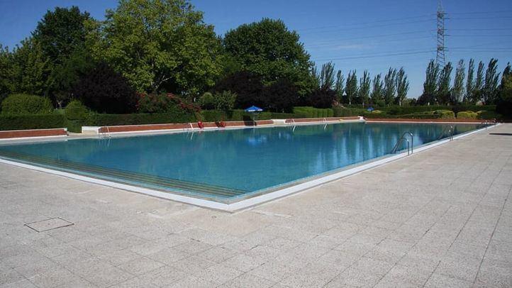 La piscina del complejo deportivo de La Alhóndiga-Sector III en Getafe.