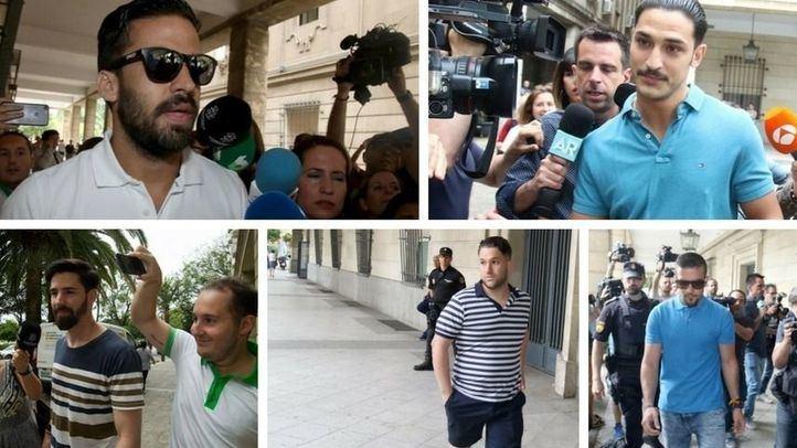 'La Manada' seguirá en libertad: la Audiencia de Navarra desestima los recursos