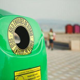 Los madrileños reciclan más de 48.000 toneladas de vidrio entre enero y junio
